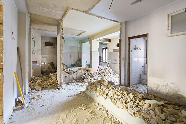 Complete-gutting-demo-of-home